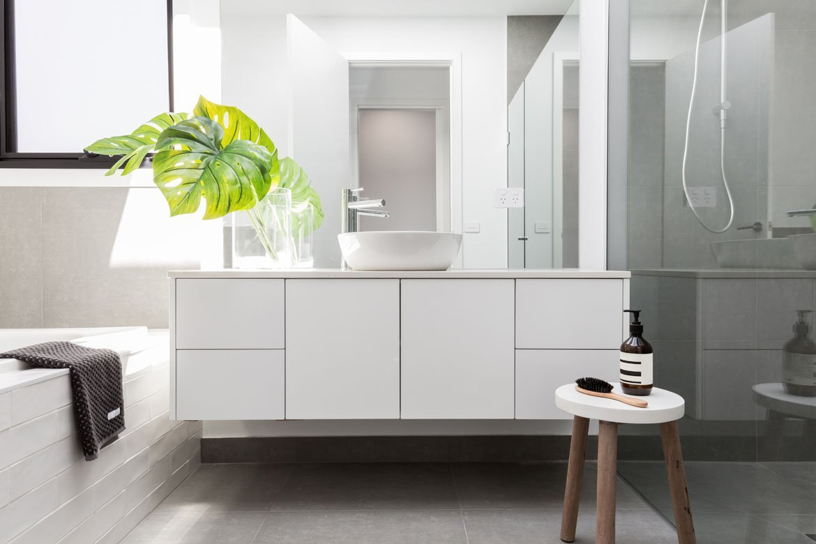 Modern & Energy Efficient Bathroom Remodeling