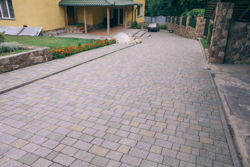 Amazing pavers driveway